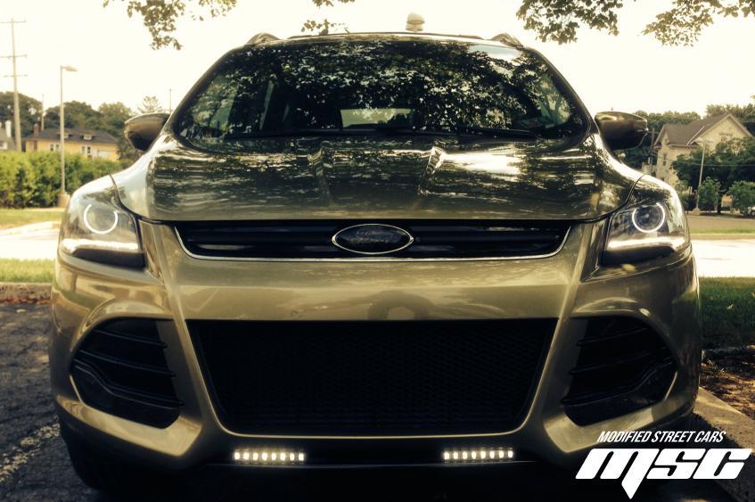 Ford Escape Titanium edition   i4WD